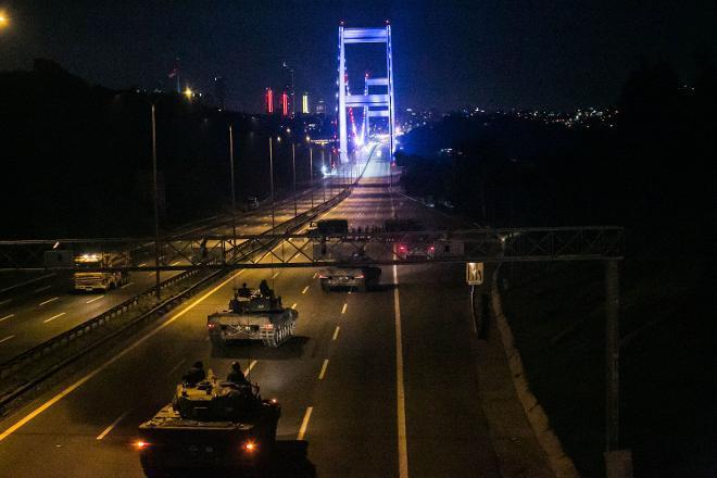 """Tutuklu Askeri Öğrenci: Bize """"AKP Terör Örgütünün Başı Erdoğan Tutuklandı"""" Dendi"""