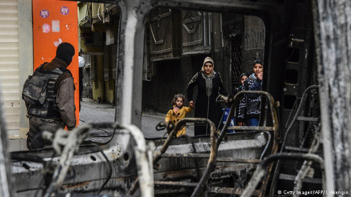 Diyarbakır ve Mardin'de Bombalı Saldırılar