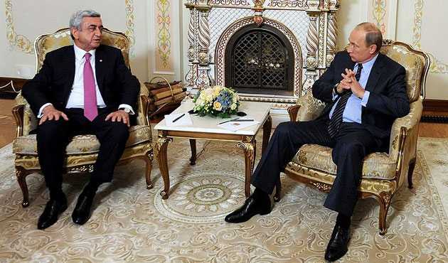 Putin: Karabağ Sorunu Uzlaşarak Çözülmeli