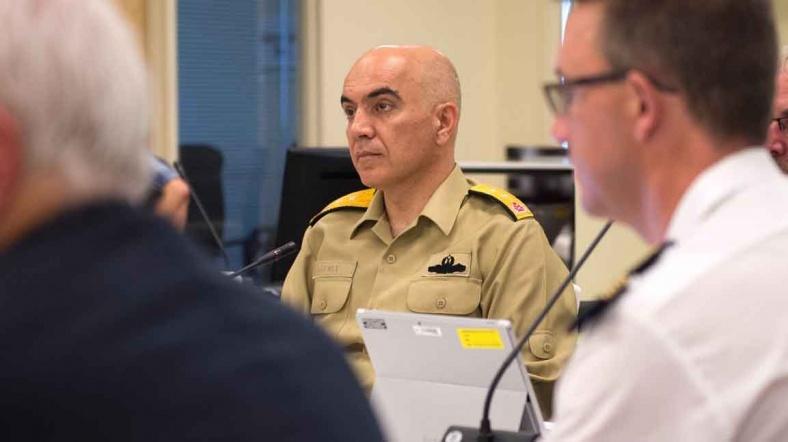 Firari Amiral NATO Toplantısında Ortaya Çıktı