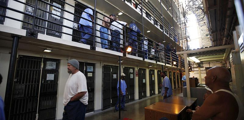 ABD'de Özel Hapishaneler Kapanıyor