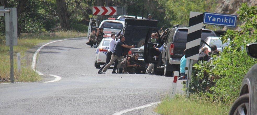 Artvin'de Kılıçdaroğlu'nun Konvoyuna Saldırı