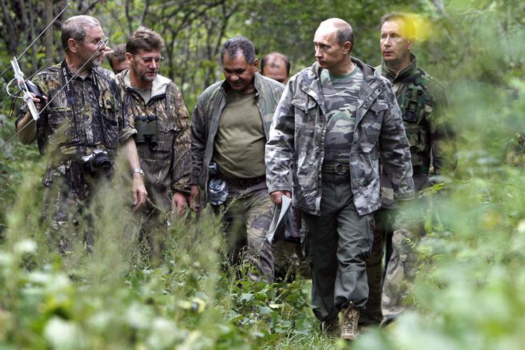 Putin 8 Generali Görevden Aldı