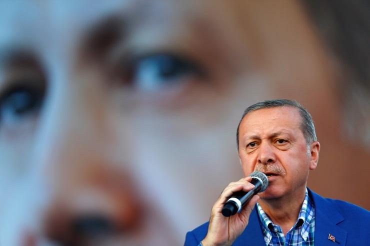 Erdoğan'dan Cerablus Açıklaması: Onlar Kaçacak Biz Kovalayacağız