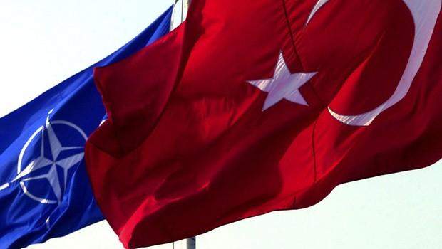 Türkiye, YPG'nin Elindeki Silahları Soracak