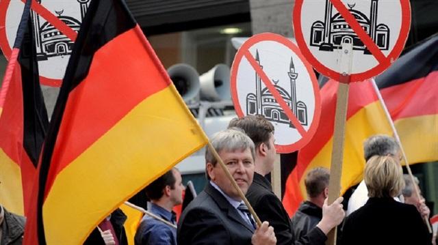 """""""Almanya'da Müslümanlara Karşı Ayrımcılık Artıyor"""""""