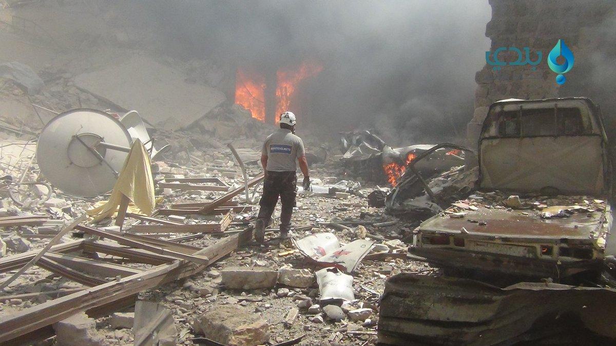 Rejim Idlib'de pazar yerini vurdu: 28 ölü