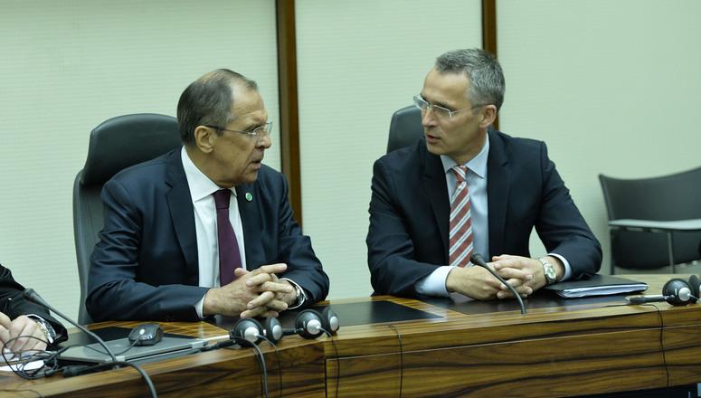 Stoltenberg ile Lavrov görüşecek