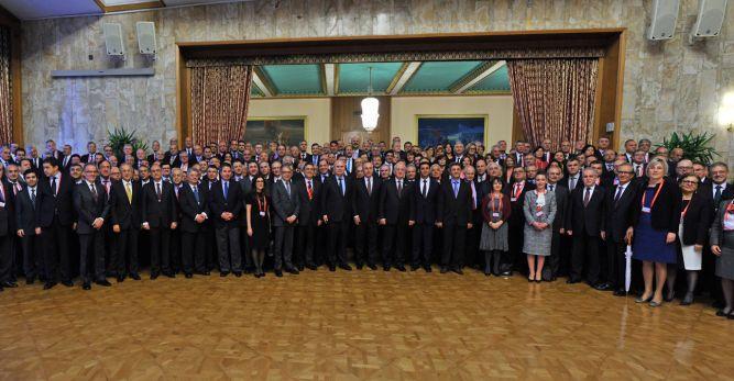 16 Büyükelçinin görev yeri değiştirildi