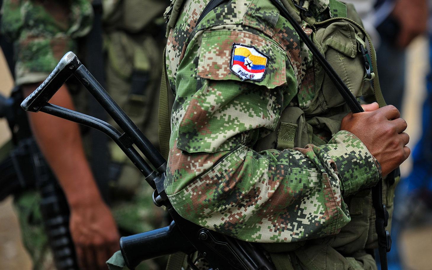 """Avrupa Birliği, FARC'ı """"terör örgütü"""" listesinden çıkarıyor"""