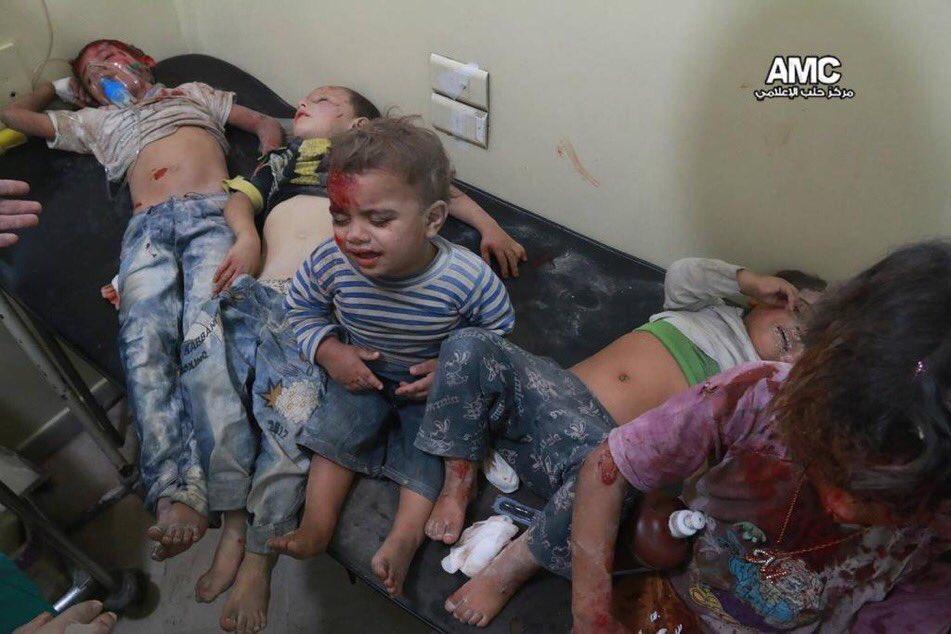 Halep'te hastane vuruldu
