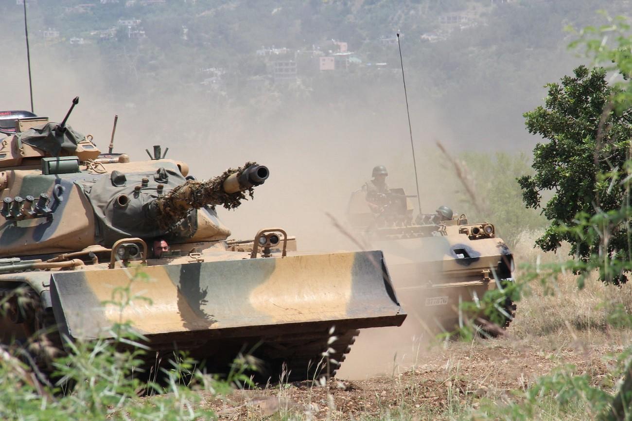 """15 Temmuz'dan Fırat Kalkanı'na """"Türk Tankları"""""""