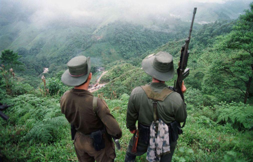 Kolombiya'da halk 'barış anlaşmasını' reddetti