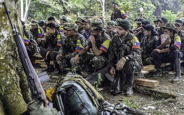 Kolombiya'da barış görüşmeleri sürüyor