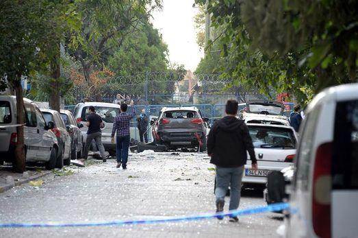 İstanbul'da bombalı motosikletle saldırı: 10 yaralı