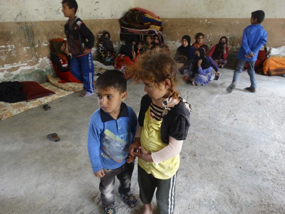 """""""Musul'da 600 bin çocuk ateş hattında kalabilir"""""""