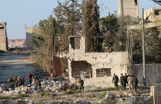 Suriye rejimi Halep'te ilerliyor
