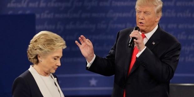 Trump: Seçilirsem Clinton için özel savcı görevlendireceğim