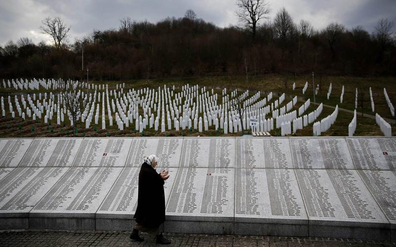 Srebrenitsa'da Sırp belediye başkanı
