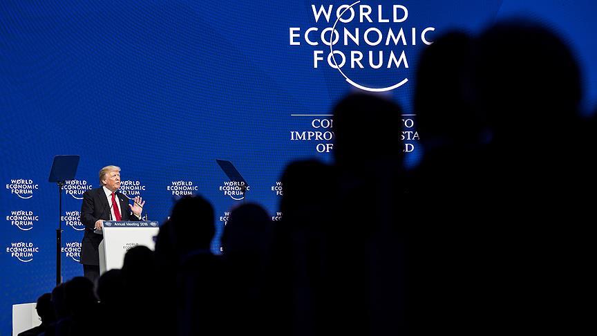 Başkan Trump'ı Davos'ta yuhaladılar