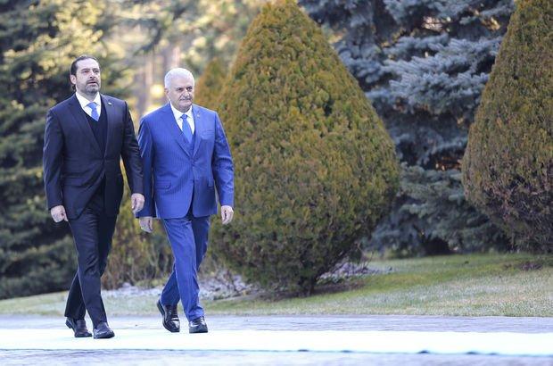 Lübnan Başbakanı Hariri resmi törenle karşılandı