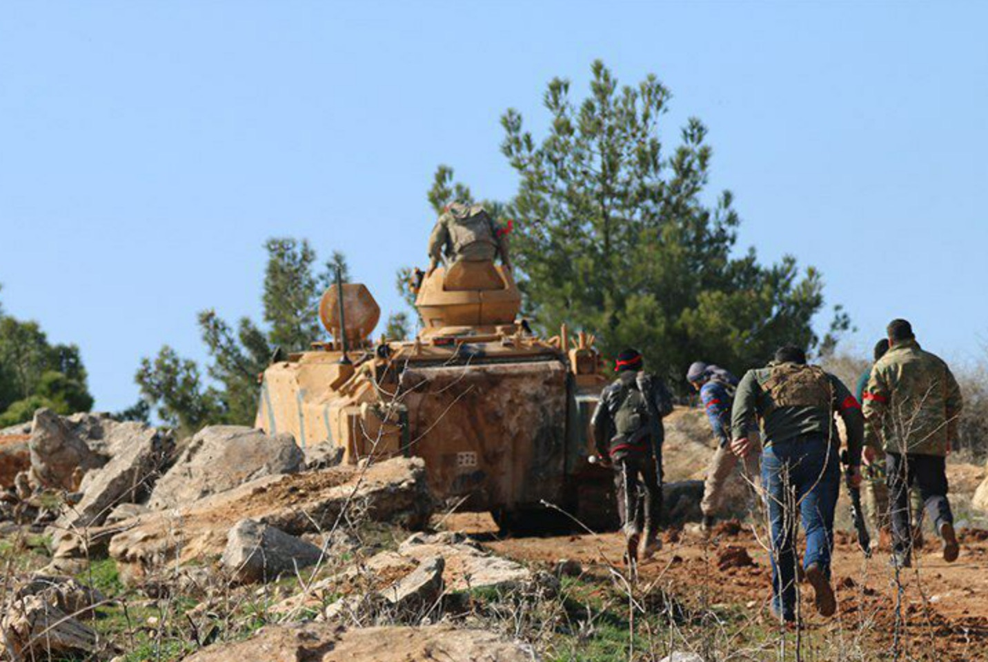 Zeytin Dalı Harekatı'nda son durum: 'Yakın zamanda cepler birleşecek'