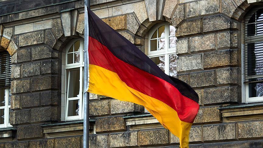 'Almanya 4 Gülen yanlısı askere iltica hakkı verdi'