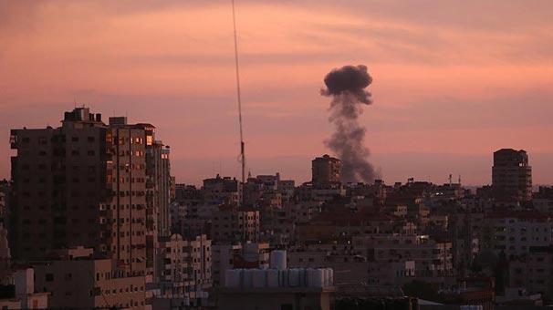 İsrail uçakları Hamas'ı bombaladı