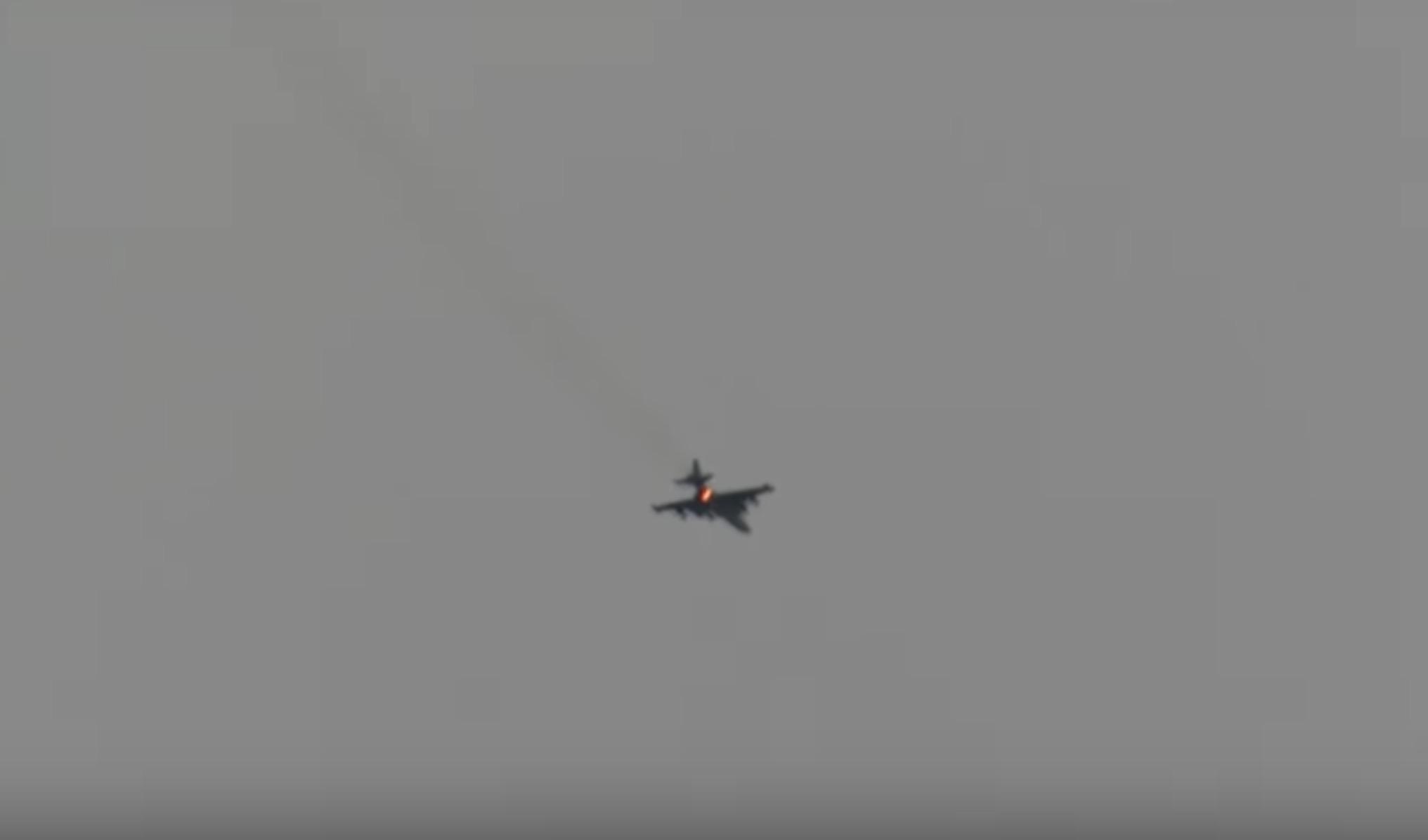 Suriyeli muhalifler İdlib'de Rus savaş uçağı düşürdü