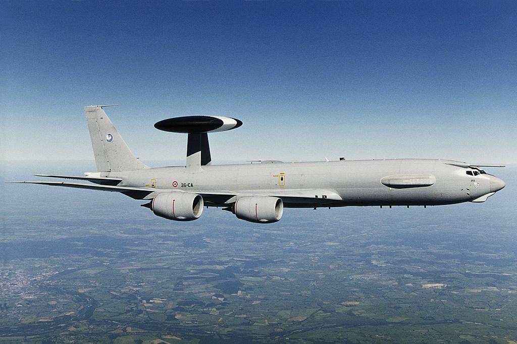 IŞİD'le savaşta AWACS'lar devreye giriyor