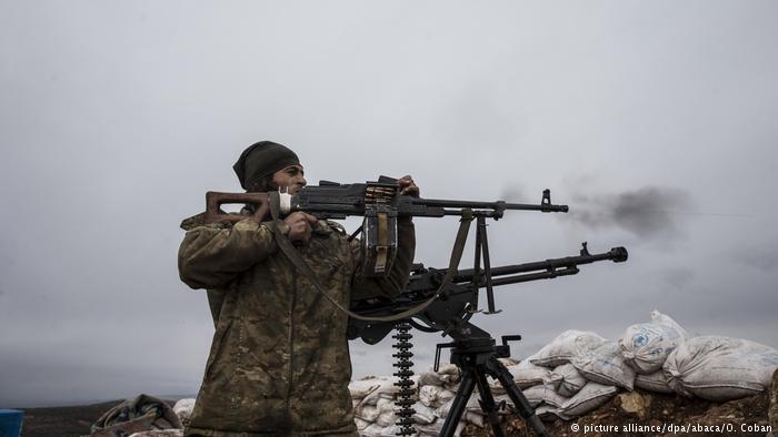 TSK ve ÖSO Afrin'nin batısında ilerleyişe geçti