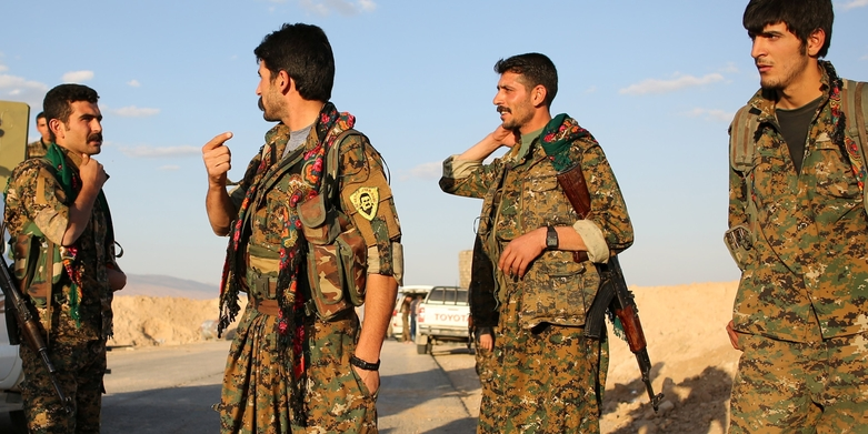 PKK'nın elinde bazıları Türkiye vatandaşı 800 rehine var