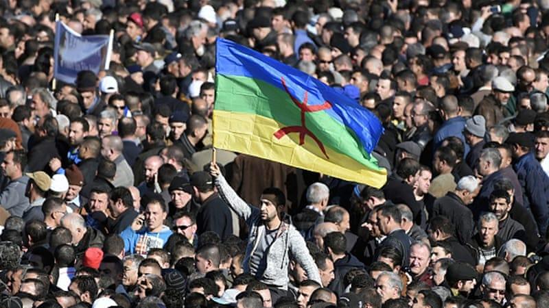 Cezayir Milletvekili: Berberice konuşan kızım dahi olsa öldürürüm