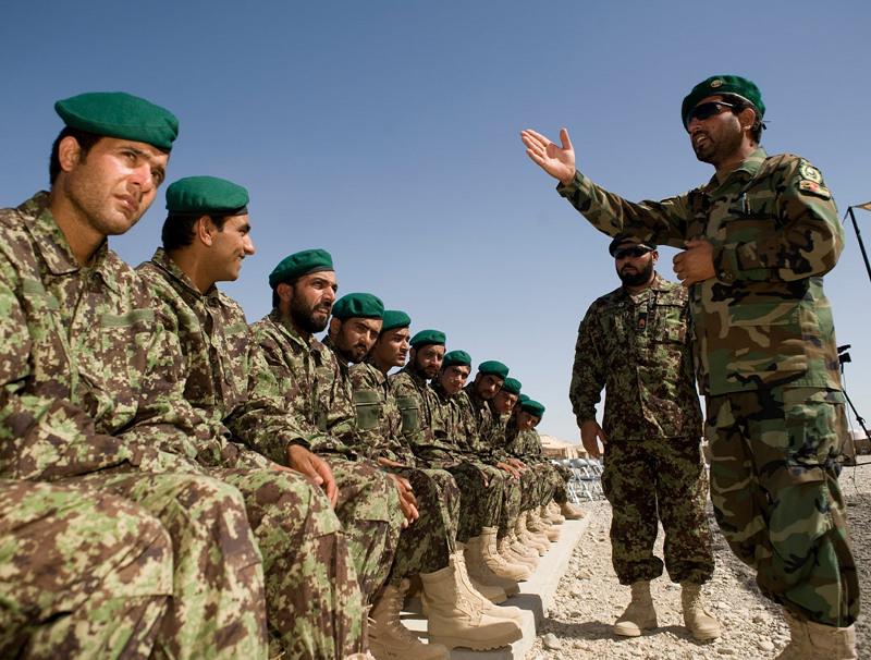 ABD'li General: Pespaye Afgan komutanlar yüzünden ölüm oranı artıyor