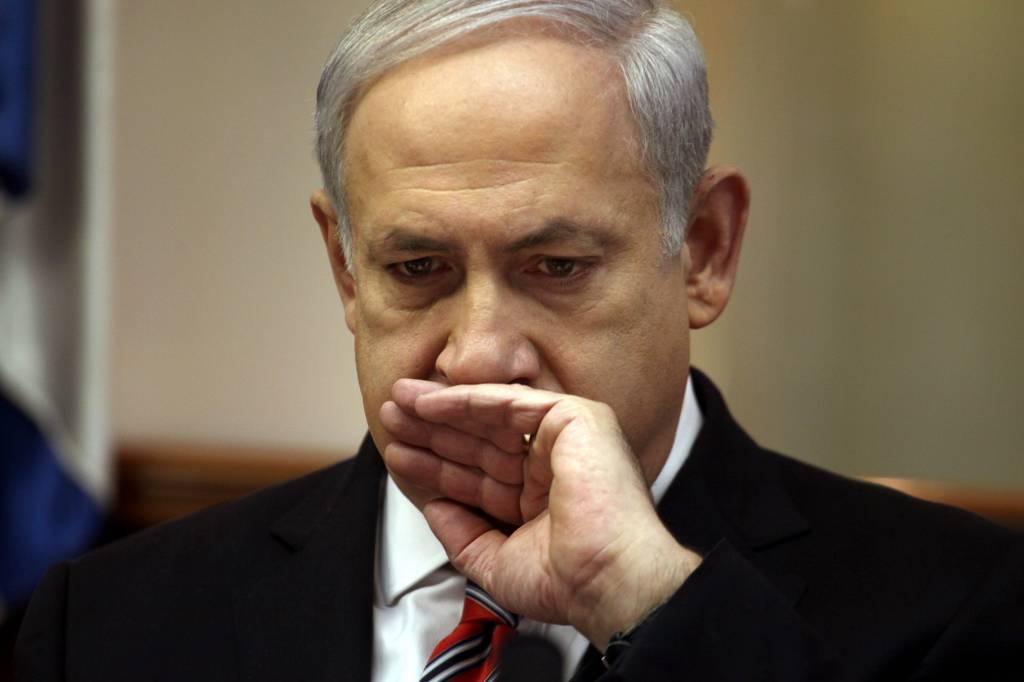 Netanyahu'nun 'başı dertte': 'Rüşvet için yeterli delil var, savcı hazır olsun'