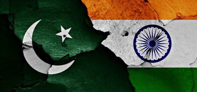 Pakistan'dan Hindistan'a Keşmir misillemesi: 5 asker öldürüldü