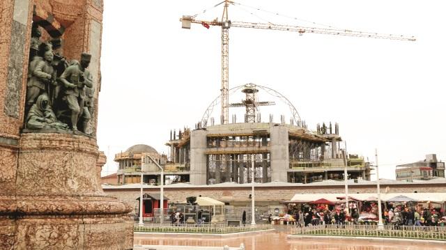 Taksim Camii inşaatı sürüyor: Kubbenin yapımına başlandı