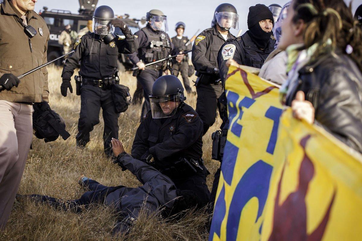 ABD'de Kızılderililer ve polis arasında çatışma