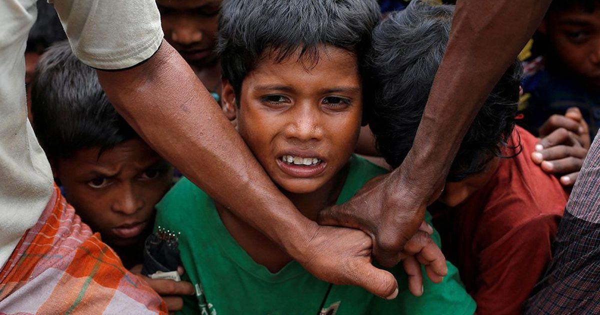 """""""720 bin Arakanlı çocuk kapana kısılmış durumda"""""""