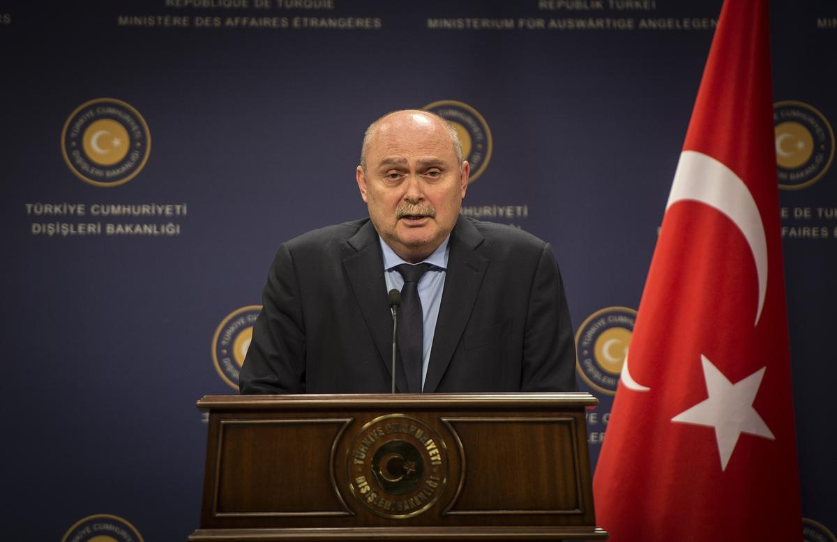 """Türkiye'nin Ortadoğu vizyonuna eleştiri: """"Gelecek, seküler demokraside"""" mi?"""