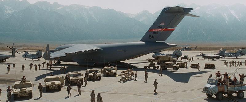 Taliban'dan NATO'nun operasyon merkezine saldırı