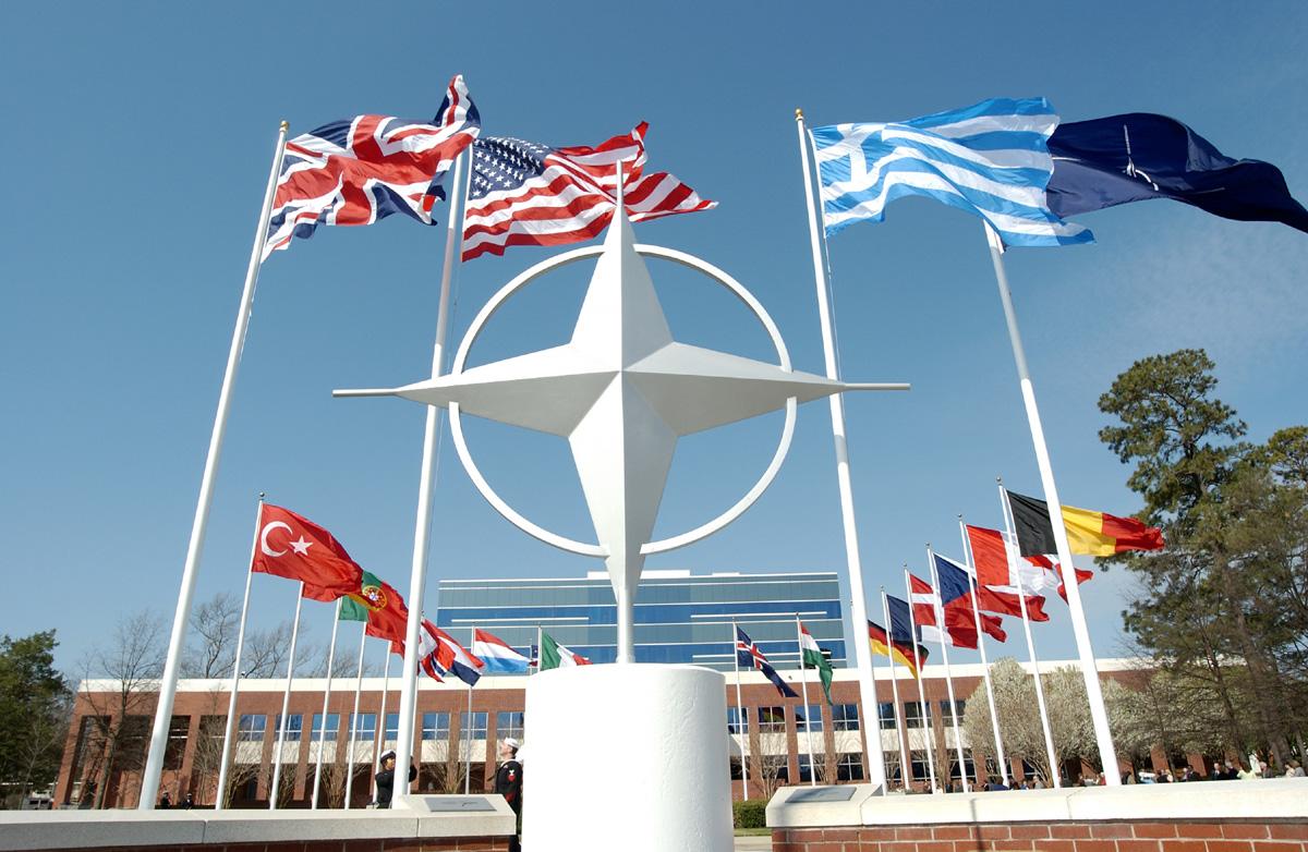 NATO, Doğu Avrupa'da askeri mevcudiyetini arttırıyor