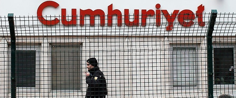 Cumhuriyet gazetesine operasyon, 18 kişi hakkında gözaltı ve arama kararı