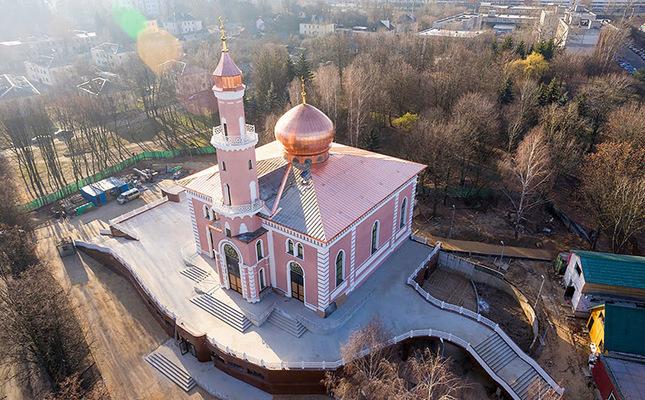 Sovyet rejiminin yıktığı cami yeniden inşa edildi