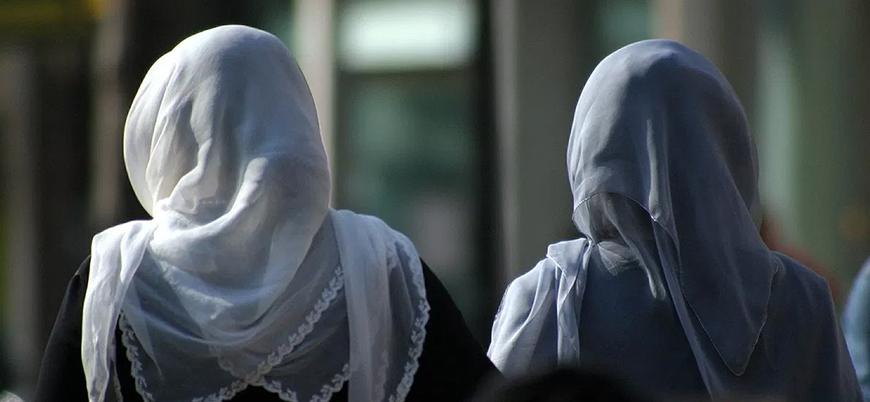 ABD'de polise kadınların örtüsünü zorla çıkardığı için ceza