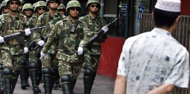 Doğu Türkistanlı gazeteci: Çin 20 akrabamı hapse attı