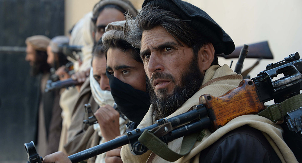 Taliban ABD kampını vurdu