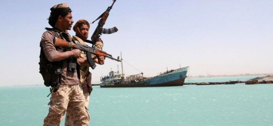 BAE, Yemen'deki müttefiklerinin maaşına el koydu