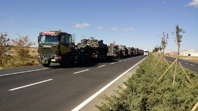 Irak sınırına askeri yığınak devam ediyor