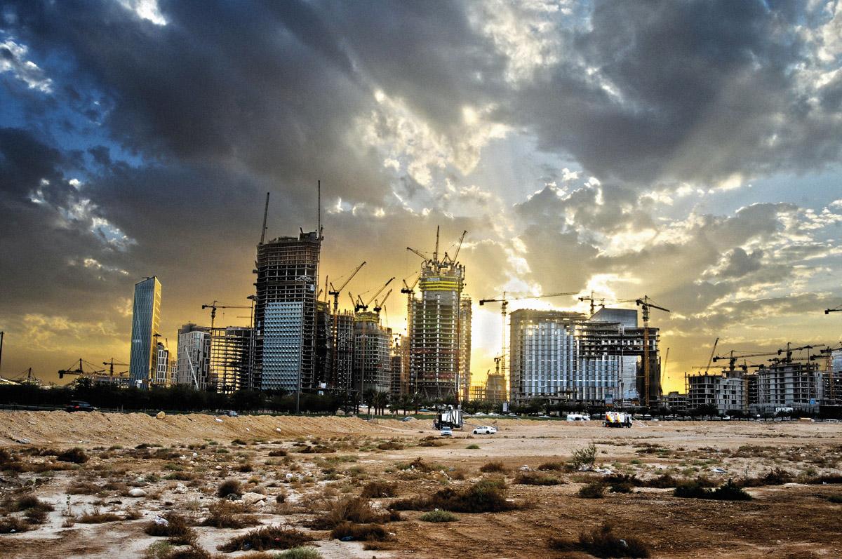 Suudi Arabistan'da projeler durduruldu